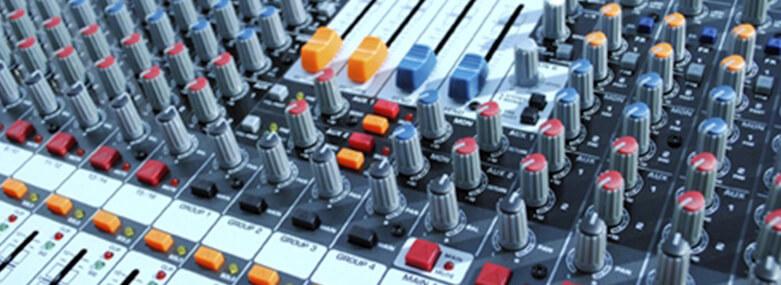 audio mixing deck