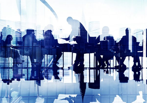Silhouettes_of_business_people