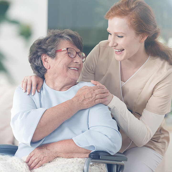 Patient_and_caregiver_in_care_home