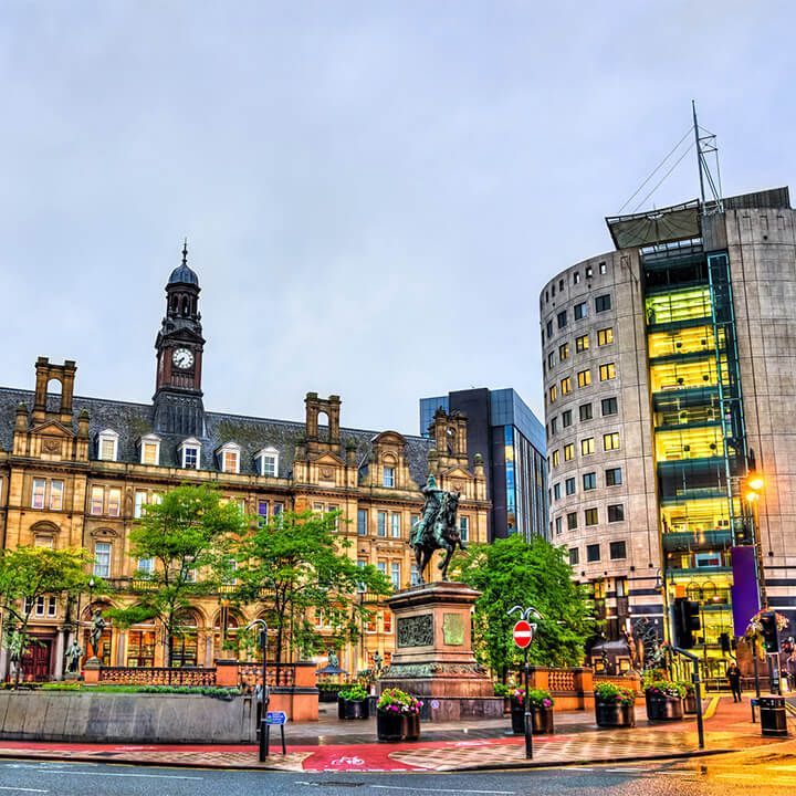 city_square_in_leeds_england
