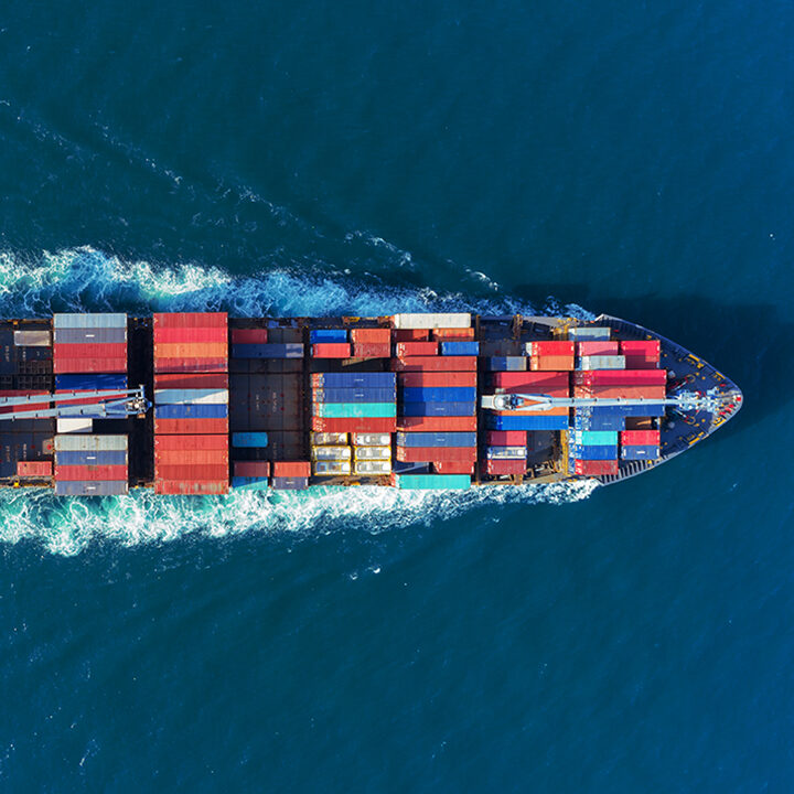 Transport_ship_with_containers